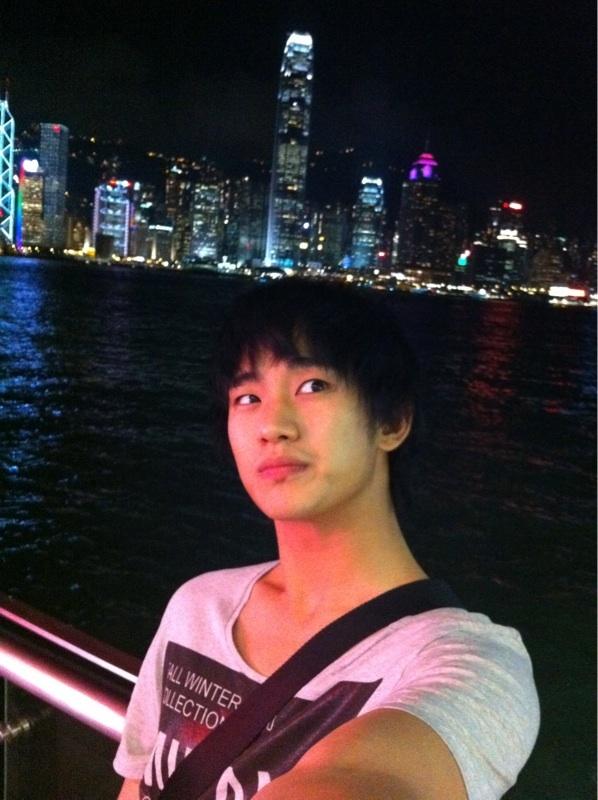 김수현 홍콩 셀카