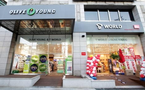 SK텔레콤, 통신-헬스&뷰티 융합 매장, T월드+올리브영, ICT+건강 융합 서비스, 교차프로모션
