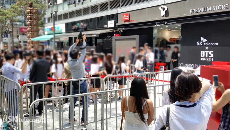 160608_BTS_sign_event_8