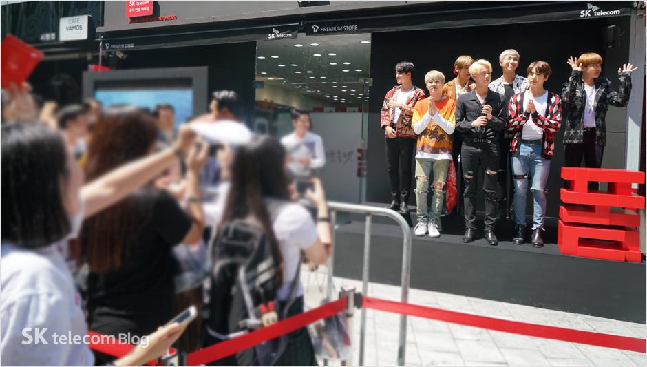 160608_BTS_sign_event_9
